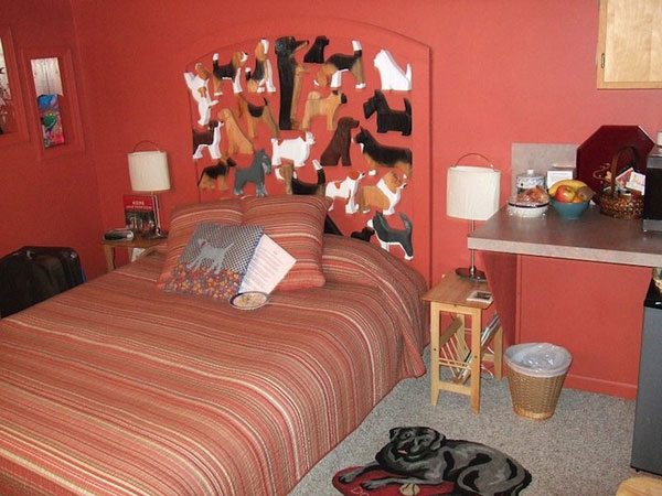 Hotelový pokoj - Foto: Dog Bark Park Inn