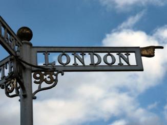 Ukazatel Londýn - Foto: SXC.hu