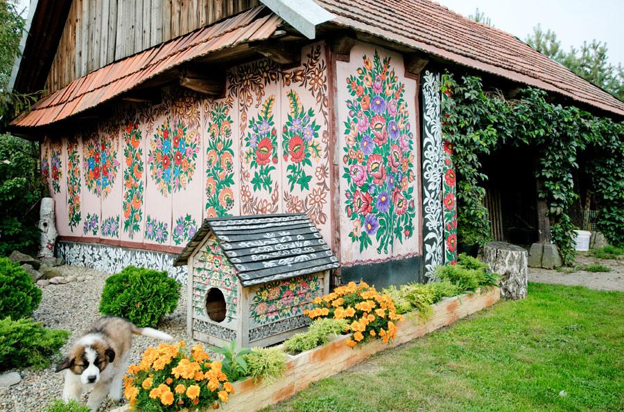 V d li jste e v polsk m zalipie rozkvetly domy for Case in legno polonia