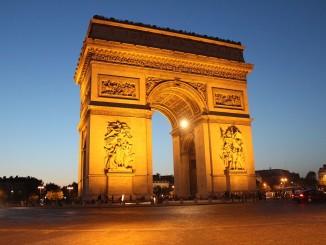 Vítězný oblouk v Paržíži - Foto: SXC.hu/Olddocks