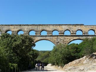 Akvadukt v Pont du Gard  - Foto: © TravelPlacesAndLife.com