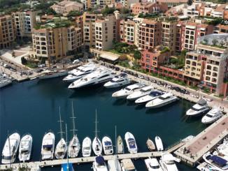Výhled na přístav v Monaku - © Foto: TravelPlacesAndLife.com