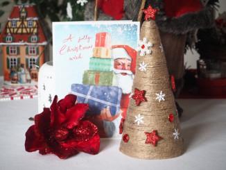 Provázkový vánoční stromeček - © Foto: TravelPlacesAndLife.com