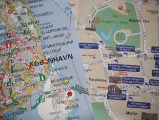 Tvoření z map - © Foto: TravelPlacesAndLife.com