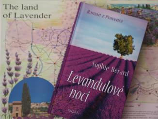 Kniha Levandulové noci - © Foto: TravelPlacesAndLife.com