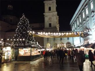 Vánoční trhy v Salcburku - © Foto: TravelPlacesAndLife.com