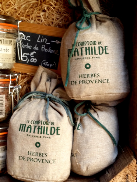 Voňavé bylinky z obchodu Mathilda - © Foto: TravelPlacesAndLife.com