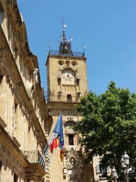 Věž Vieil Aix - © Foto: TravelPlacesAndLife.com