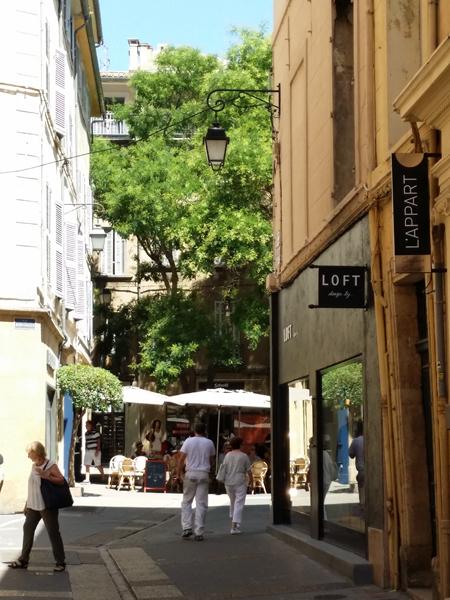 Odpoledne v Aix en Provence - © Foto: TravelPlacesAndLife.com