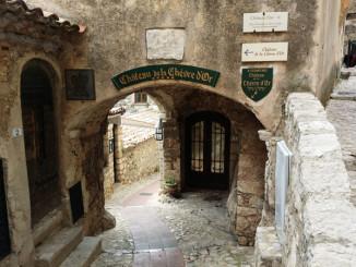 Středověká vesnice Eze - © Foto: TravelPlacesAndLife.com
