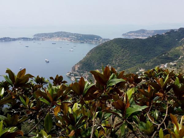 Výhled na moře z Eze