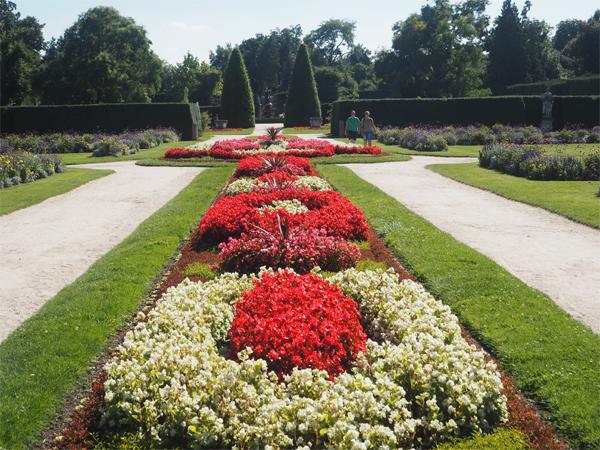 Letní-zahrada-zámku-Lednice