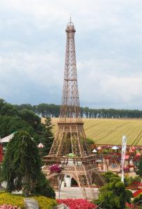 Eifelova-věž---Muzeum-minia