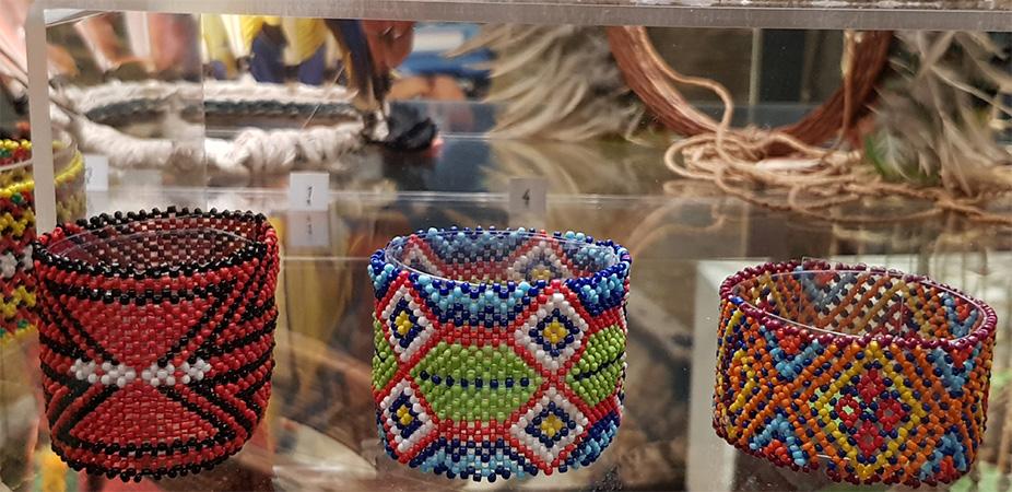 Šperky indiánek - Náprstkovo muzeum